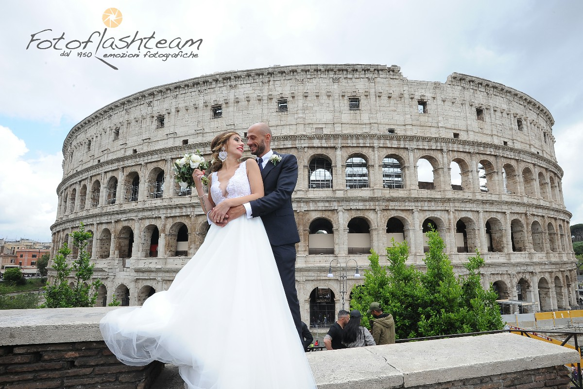 Foto Sposi Colosseo Roma location preferite matrimoni
