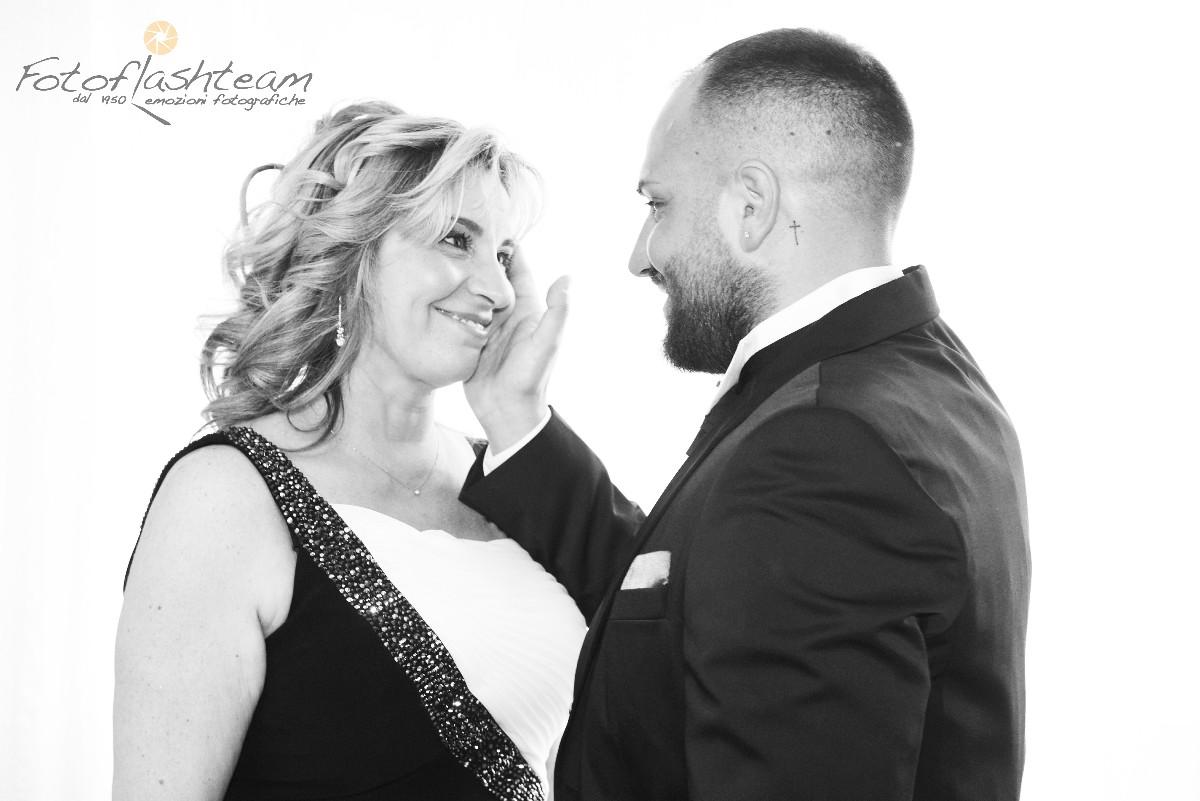 Foto posata sposi matrimonio fotografo roma Fotoflashteam