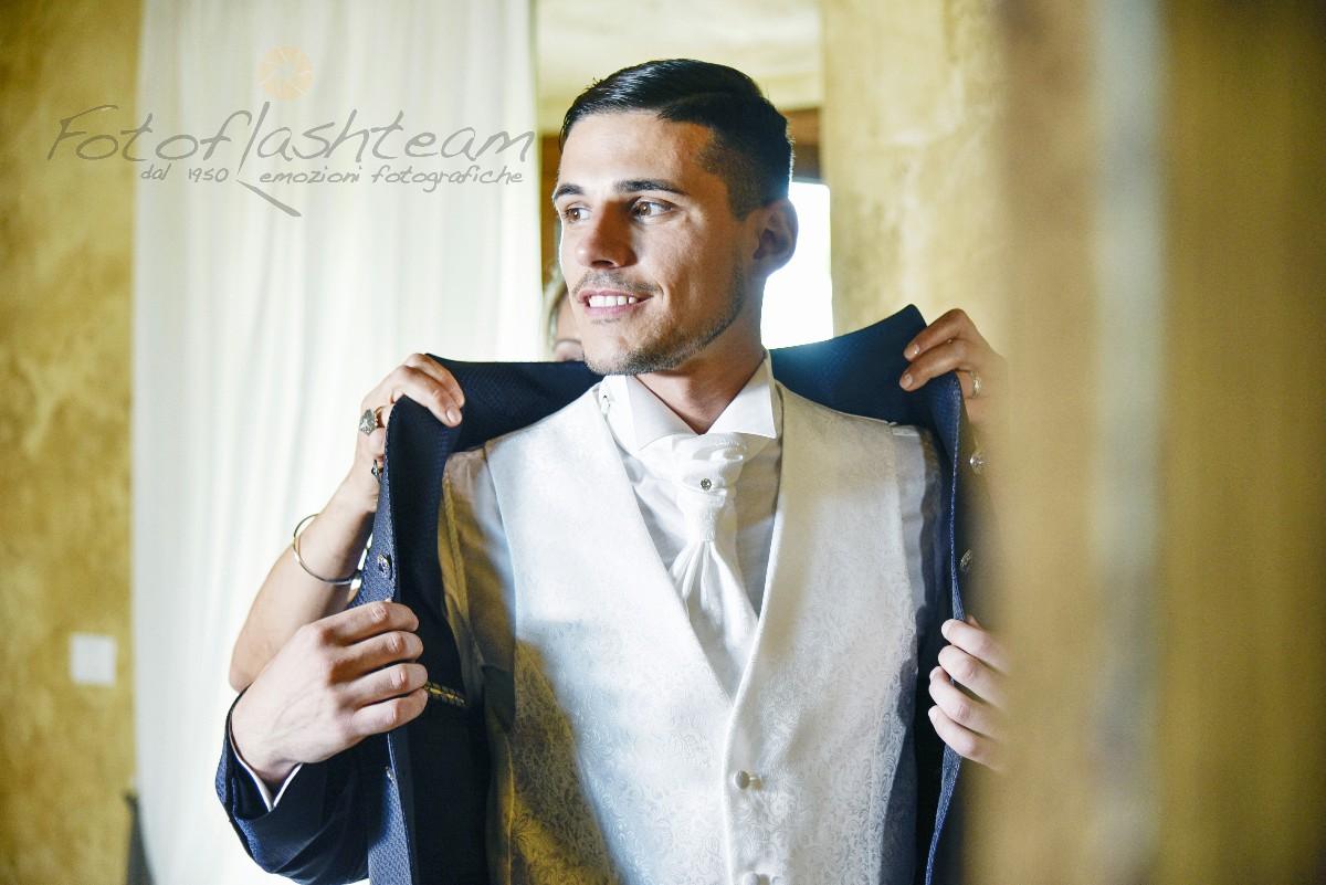 Foto sposo vestito matrimonio fotografo roma Fotoflashteam
