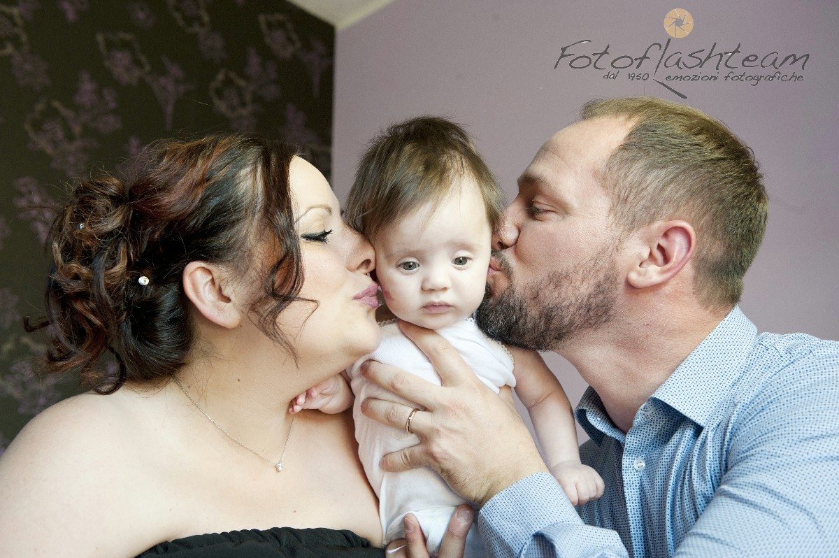 bimba foto di famiglia servizio fotografico Battesimo (2)