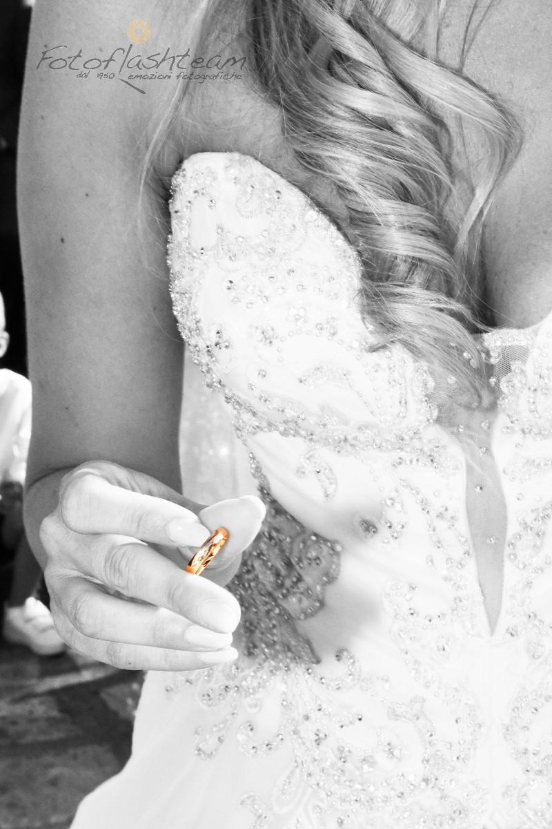 sposa anello nuziale servizio fotografico nozze roma Fotoflashteam
