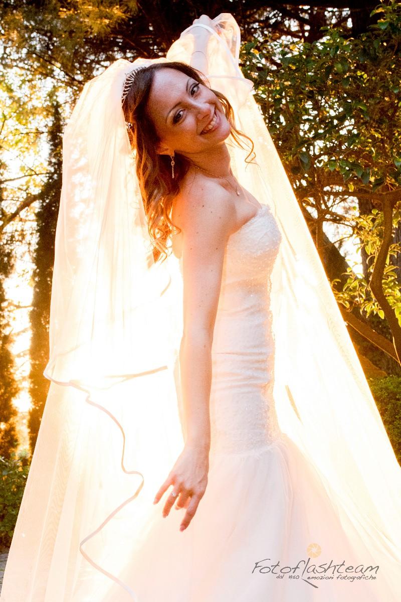 sposa ricevimento matrimonio all'aperto