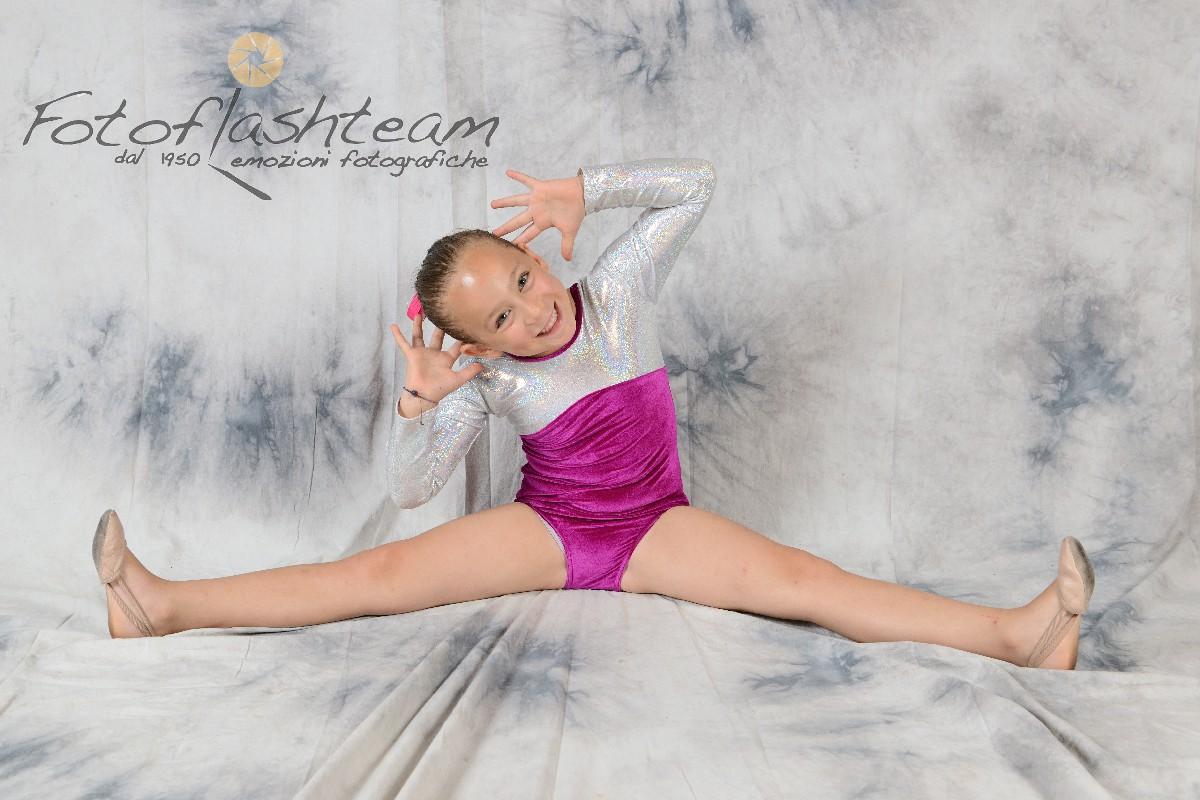 Ballerina saggio danza fotografo Roma specializzato Fabio Riccioli