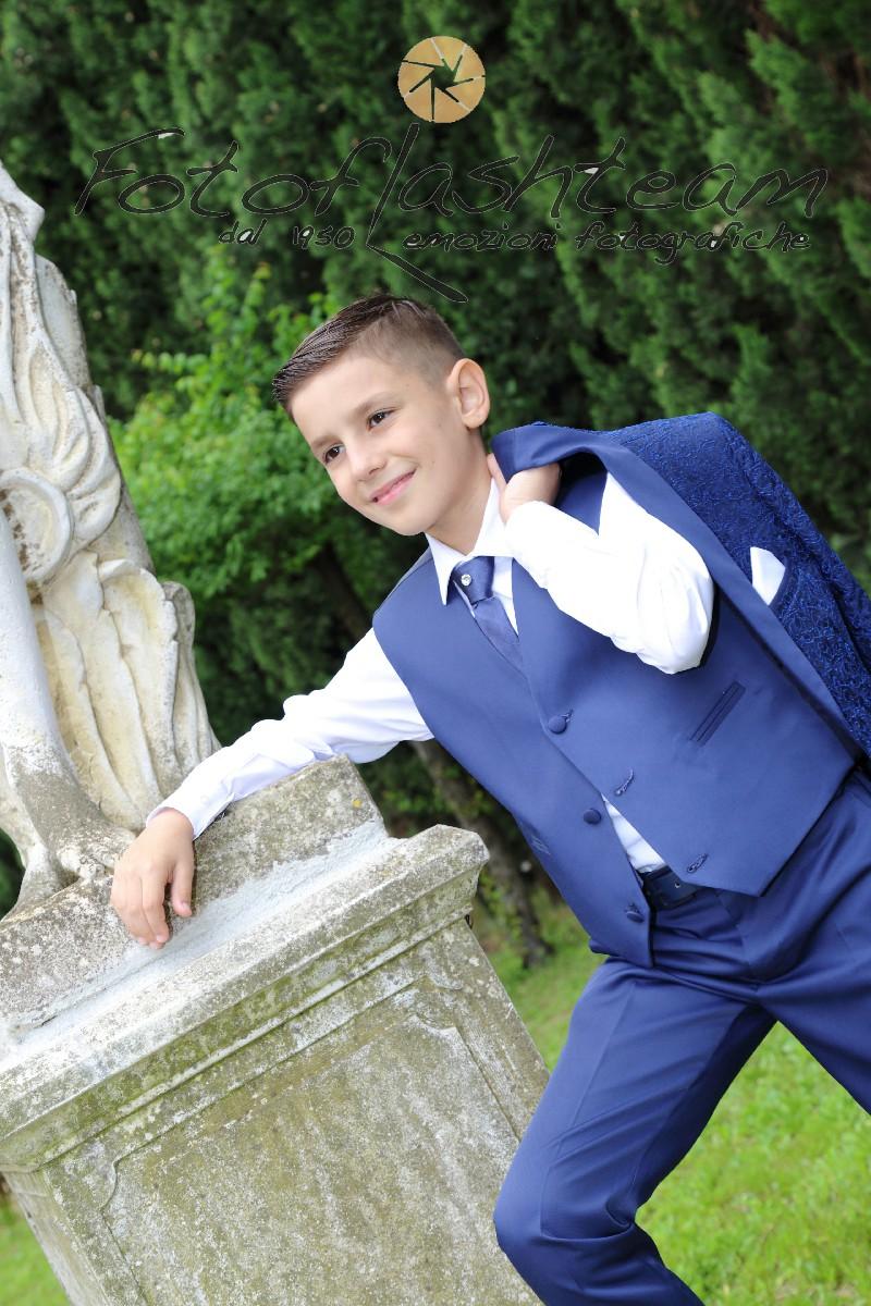 Bambino festa giardino Servizio Fotografico Prima Comunione Roma fotografo Fabio Riccioli