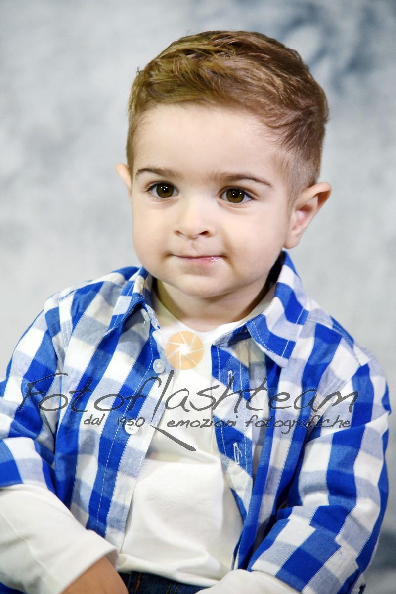 Bambino servizio foto in studio Roma Fotoflash team Fabio Riccioli