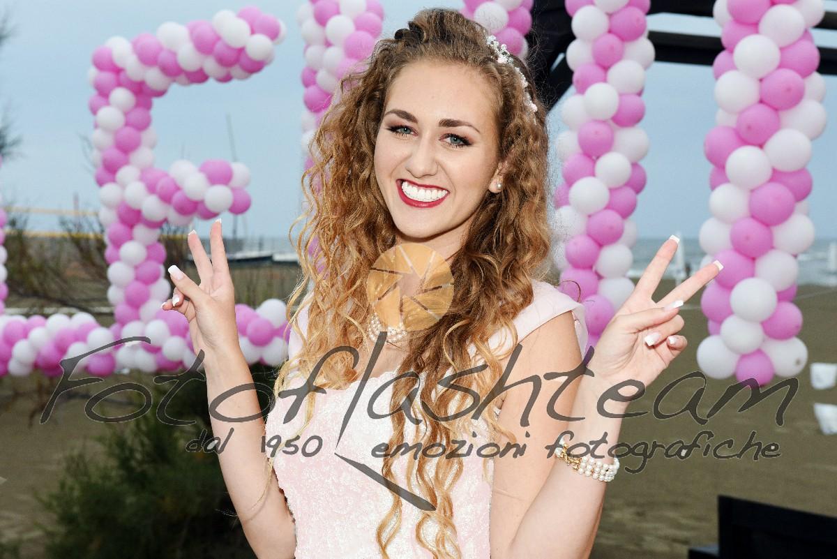 Festa compleanno 18 anni fotografo Fotoflashteam specializzato diciottesimi foto album