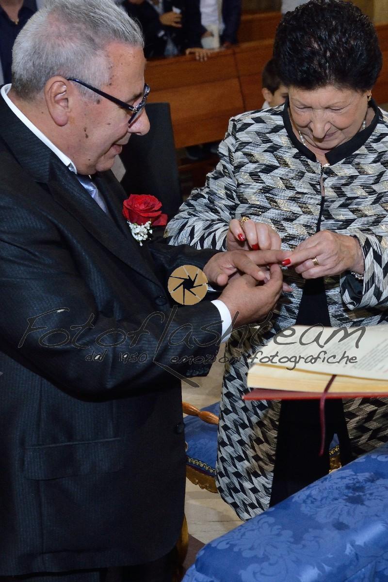Sposi Festa anniversario matrimonio 50 anni fotografo Fotoflashteam specializzato nozze oro foto album
