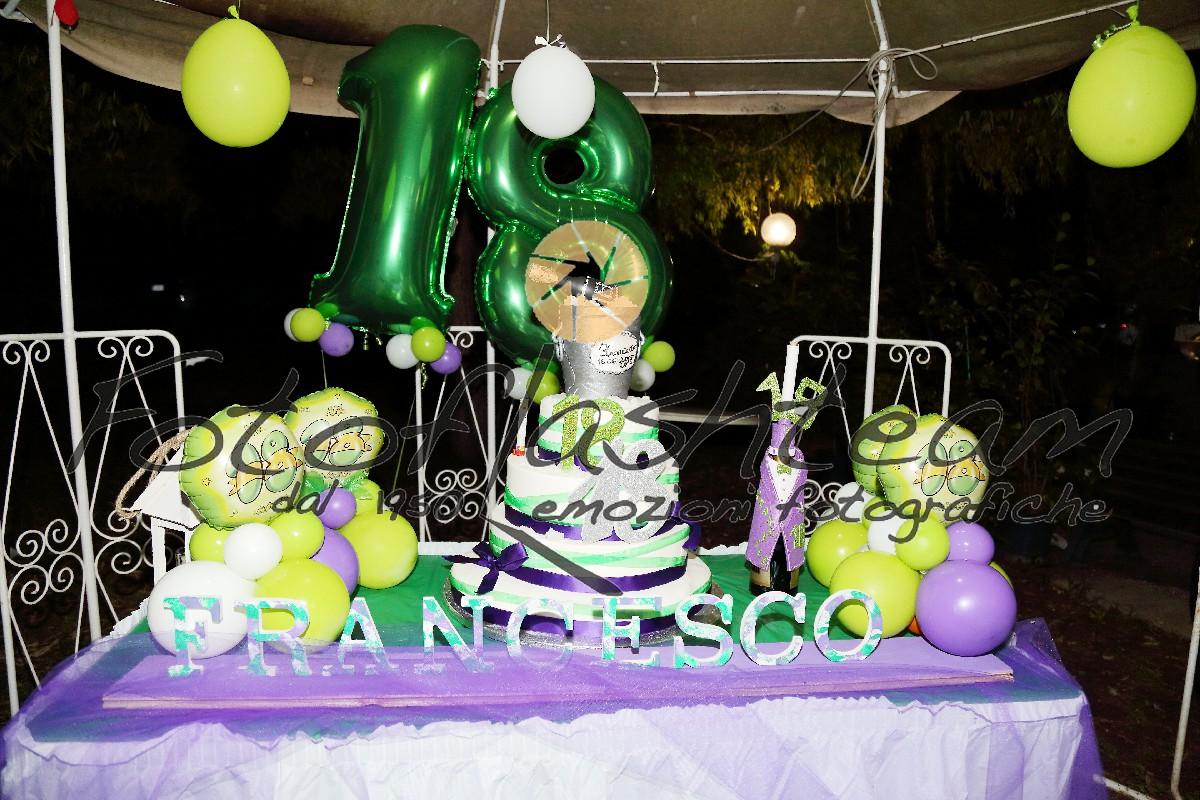 torta festa compleanno 18 Fotografo specializzato diciottesimo Roma
