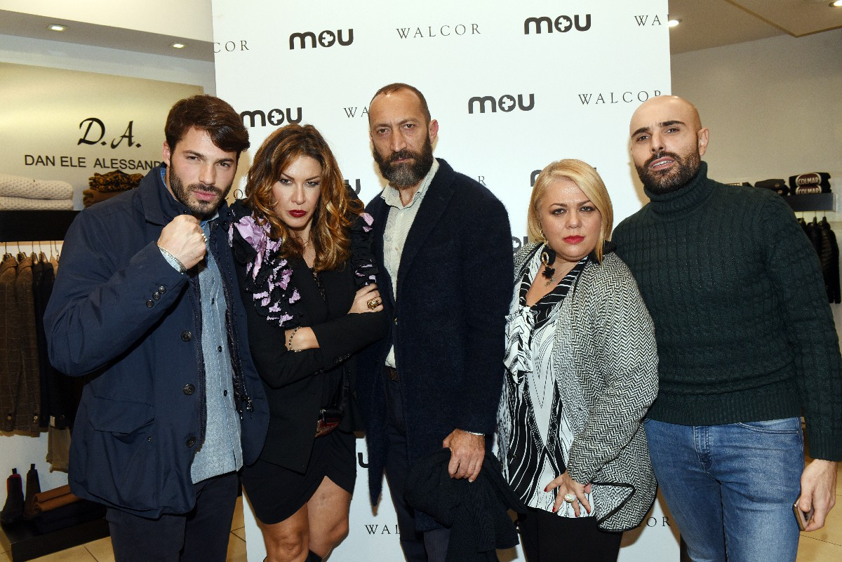 Invitati Evento Mou negozio Walcor Roma fotografo eventi vip