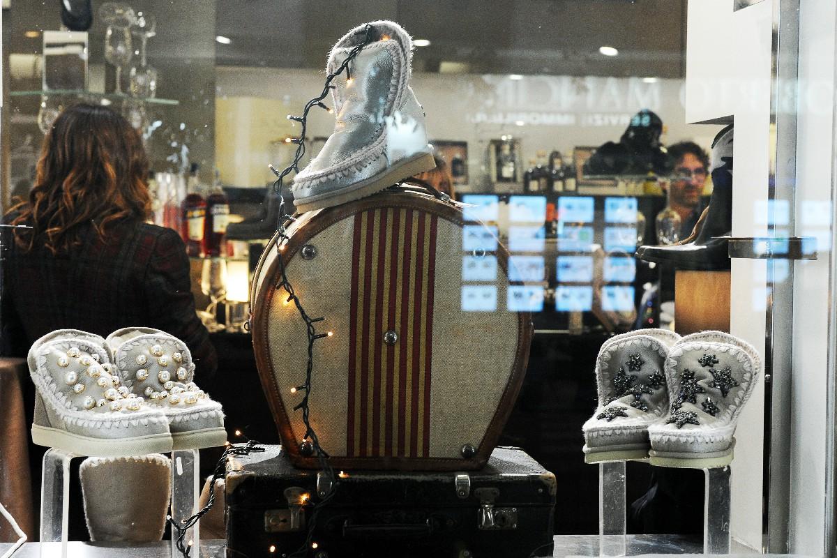 negozio inaugurazione foto vetrina Fotografo nuova apertura Roma Fotoflashteam