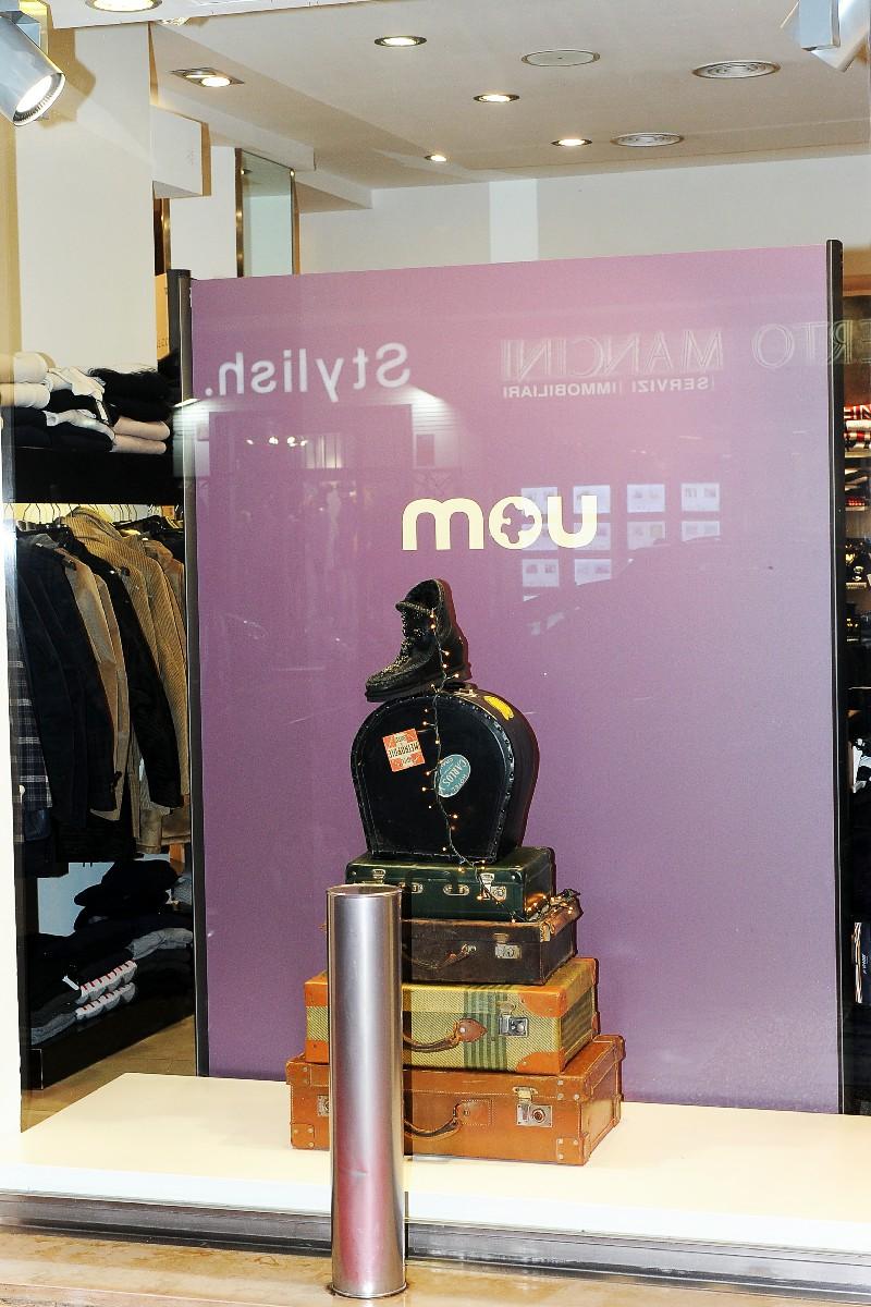 negozio moda vetrina inaugurazione Fotografo specializzato nuova apertura foto Roma Fotoflashteam