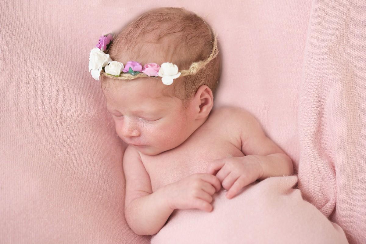 book new born fotografo specializzato neonato Fabio Riccioli Roma
