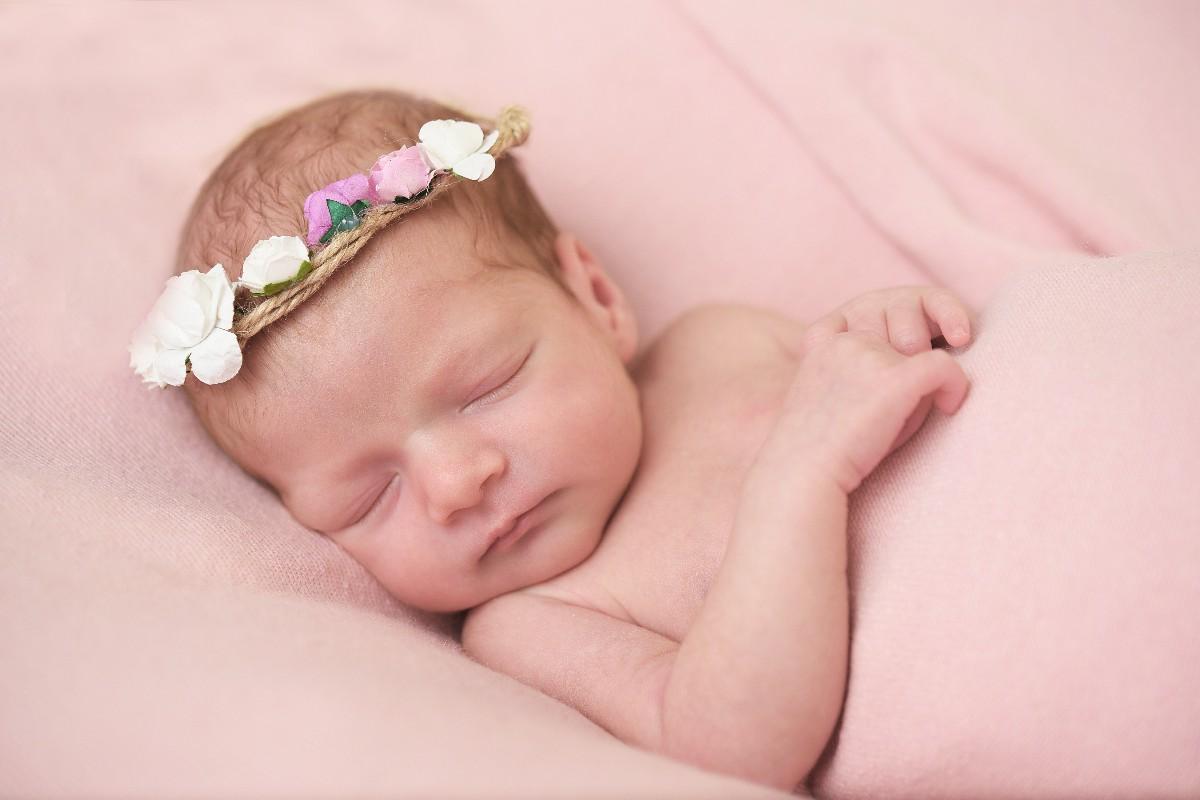 foto neonato fotografo specializzato bambini Fabio Riccioli Roma